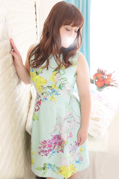 鶯谷デリヘルなら 美人な人妻でおすすめの鶯谷クラブルージュ 美人妻専科 クラブルージュ 美咲の画像2