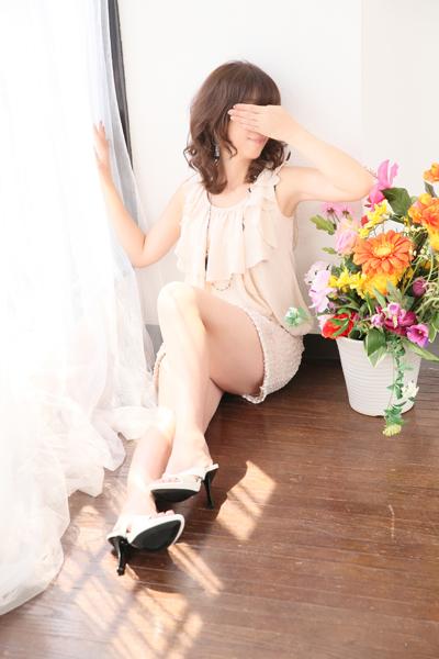 鶯谷デリヘルなら 美人な人妻でおすすめの鶯谷クラブルージュ 美人妻専科 クラブルージュ 葉子の画像2