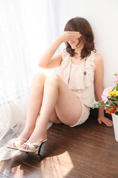 鶯谷デリヘルなら 美人な人妻でおすすめの鶯谷クラブルージュ 美人妻専科 クラブルージュ 葉子の画像3
