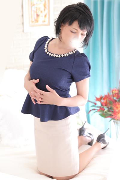 鶯谷デリヘルなら 美人な人妻でおすすめの鶯谷クラブルージュ 美人妻専科 クラブルージュ 恵子の画像6
