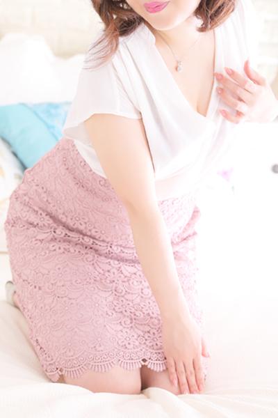 鶯谷デリヘルなら 美人な人妻でおすすめの鶯谷クラブルージュ 美人妻専科 クラブルージュ 美代子の画像2