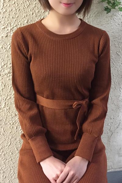 鶯谷デリヘルなら 美人な人妻でおすすめの鶯谷クラブルージュ 美人妻専科 クラブルージュ せりなの画像