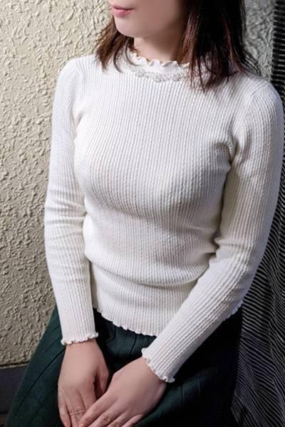鶯谷デリヘルなら 美人な人妻でおすすめの鶯谷クラブルージュ 美人妻専科 クラブルージュ 玲子の画像